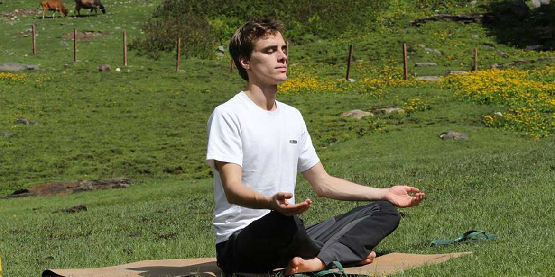 Yoga Detox Trekking Retreat Jibhi