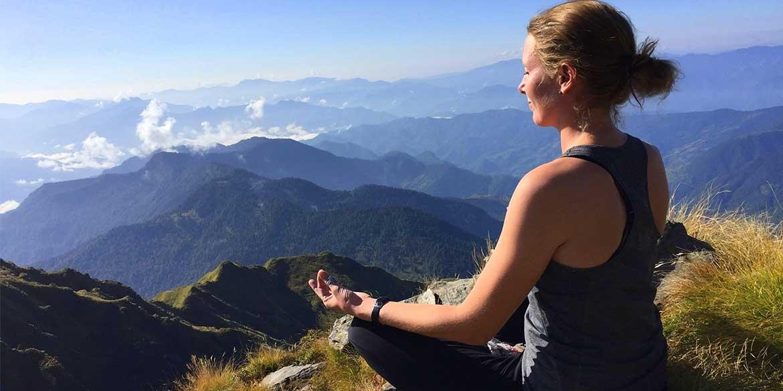 Yoga-Retreat-Himalyas-Uttrakhand-Chopta-Chandrashila-Girl-Meditating.jpg