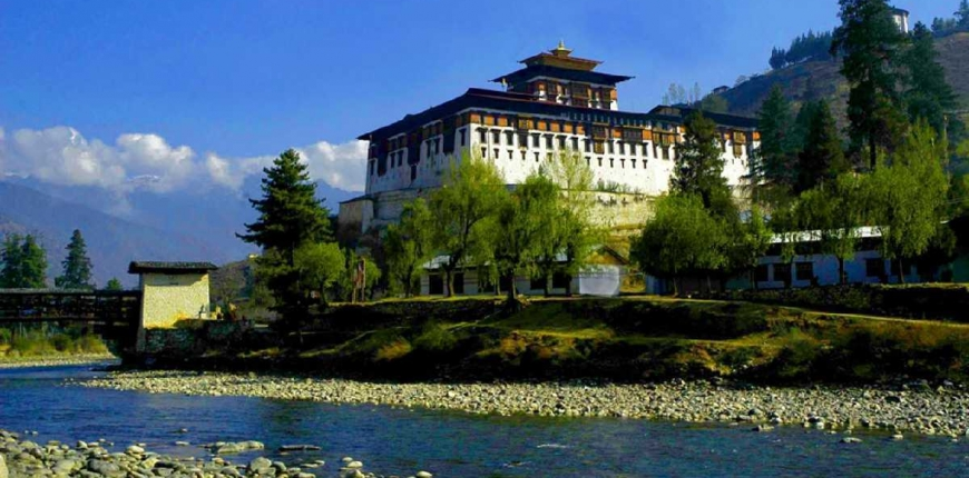 Bhutan's Dzong – Masterpiece that brings religion, administration, education and people together