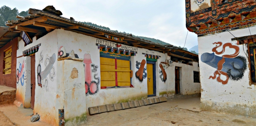Know how they build houses in Bhutan – The Sustainable Vernacular Way!