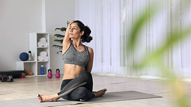 Why should modern multi-taking moms and females should try Yoga Workshops with Hith Yoga