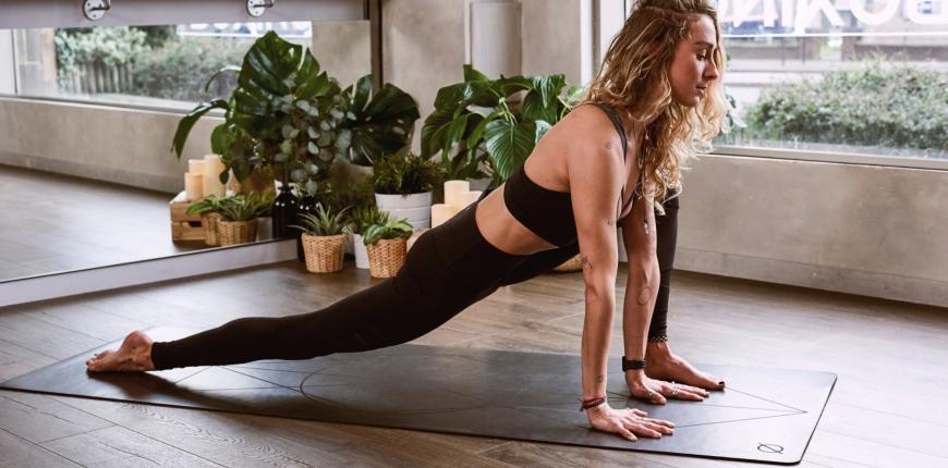 5 Yoga Poses and Pranayams to Get Rid of Wrinkles