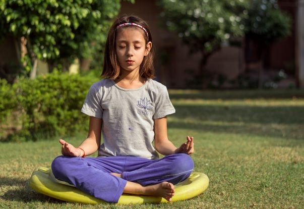 Why Your Kids Need A Mix of Modern and Traditional Yoga