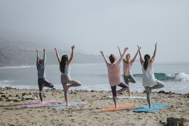 Choose the Perfect Yoga Teacher for Your Corporate Session
