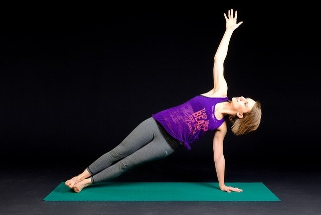 The Benefits of Yoga Vs Gym- Which One Is Better?