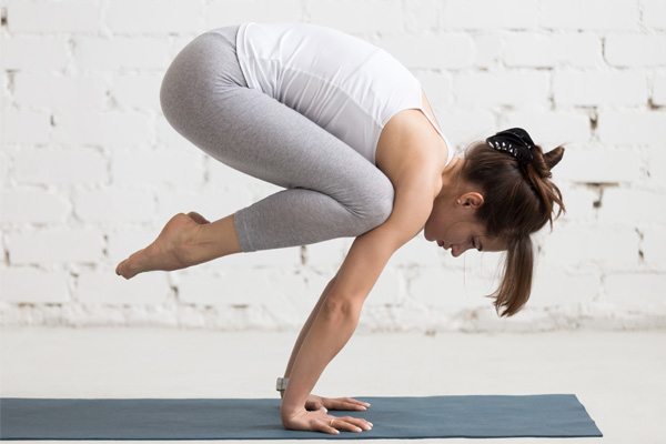 Protecting Your Wrists While Practicing Yoga Poses
