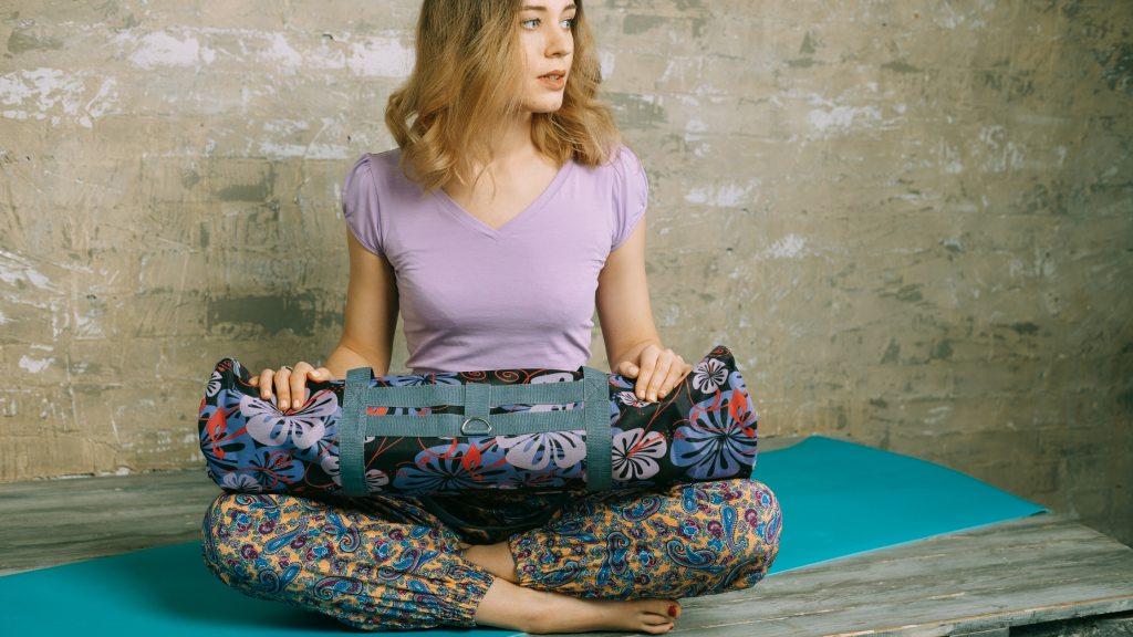 10 Must Have Yoga Accessories: Yoga BAG